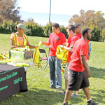 CSU East Bay Student Volunteers Make a Difference