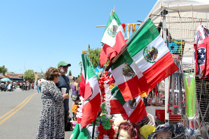 Cinco de Mayo festivities attract roughly 500 people to the event.