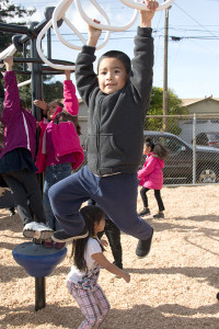 Park Elementary  welcomes new playground