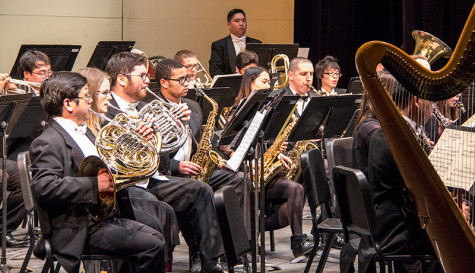 Students, faculty and alumni band together