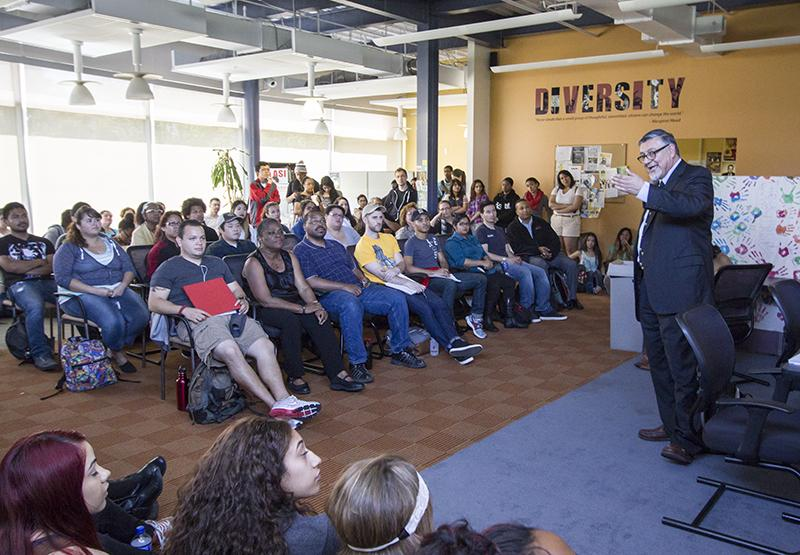 David Hayes-Bautista spoke to crowd of students, staff and faculty members in the New University Union's Diversity Center last Tuesday.