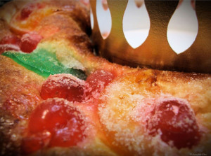 Tres Reyes cake is commonly served for the holiday.