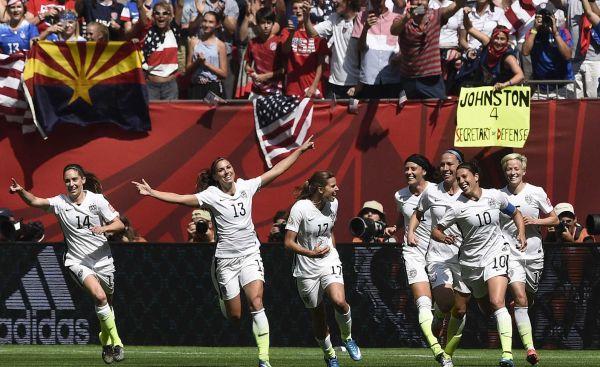 Women's U.S.  soccer struggles to  break ground