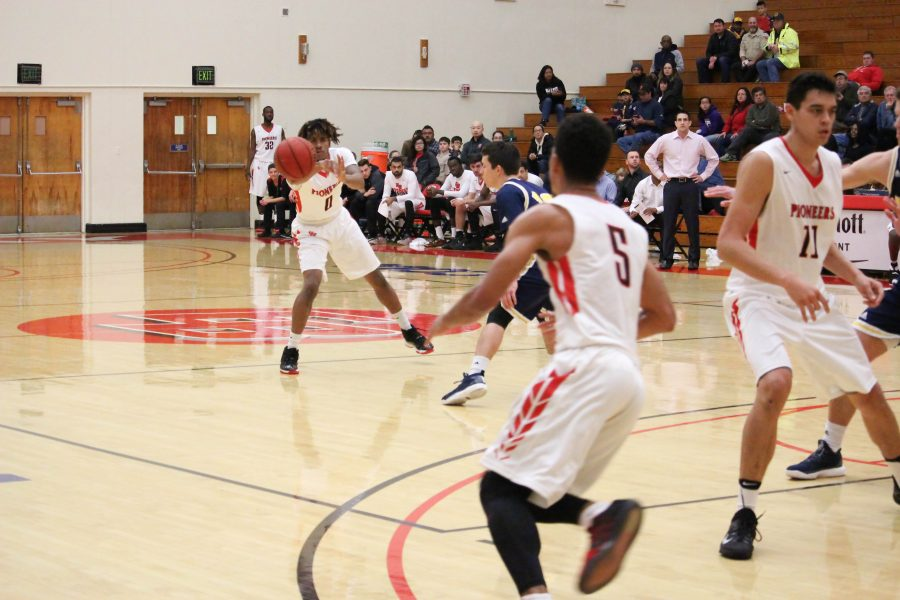 CSUEB men's basketball loses fourth in a row
