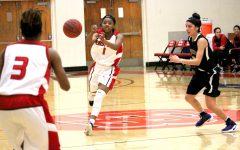 Women's basketball sweep homecoming weekend