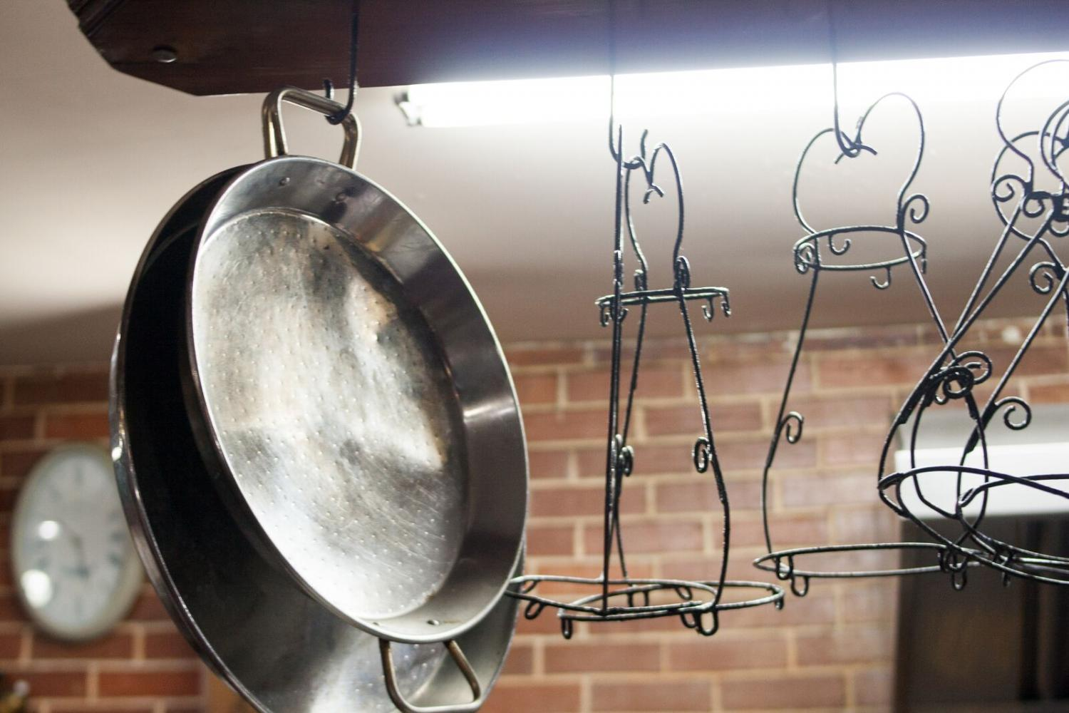 Handmade+kitchen+tools+hanging+in+the+kitchen+at+El+Idilio.
