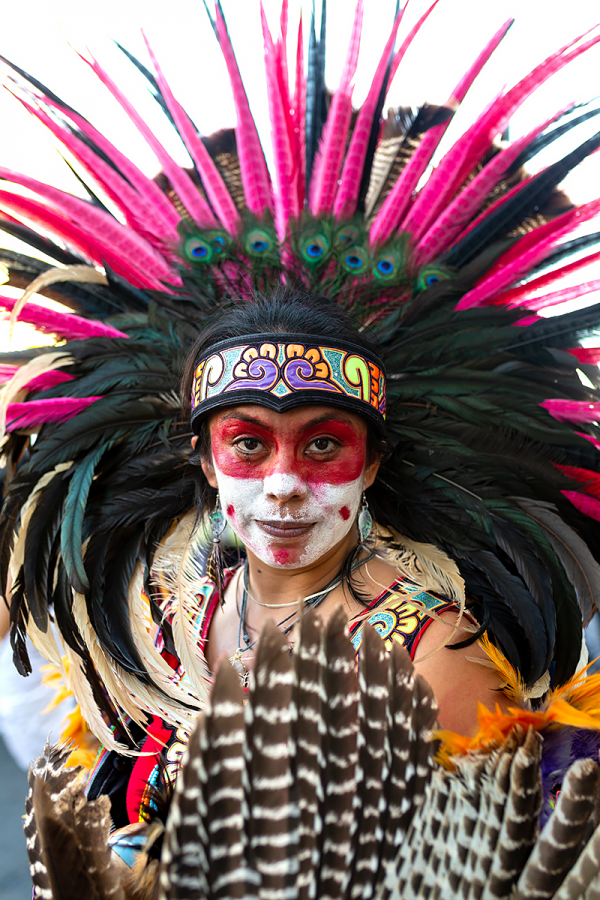 Performer+Patty+Jimenez+prepares+to+take+part+in+a+traditional+Aztec+Dance+to+honor+souls+at+rest.