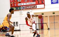 Men's basketball succeeds on roadtrip