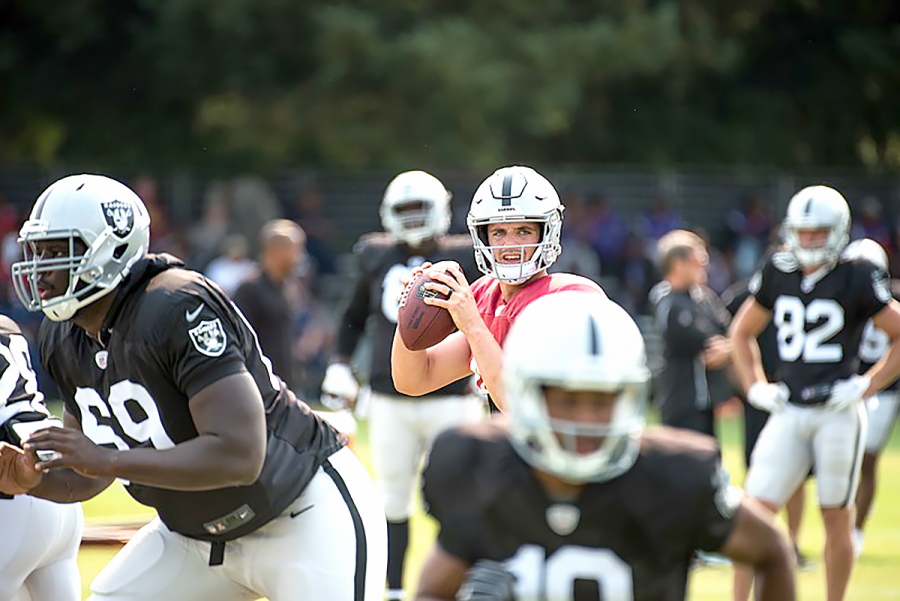 NFL+approves+Raiders+lease+in+Oakland