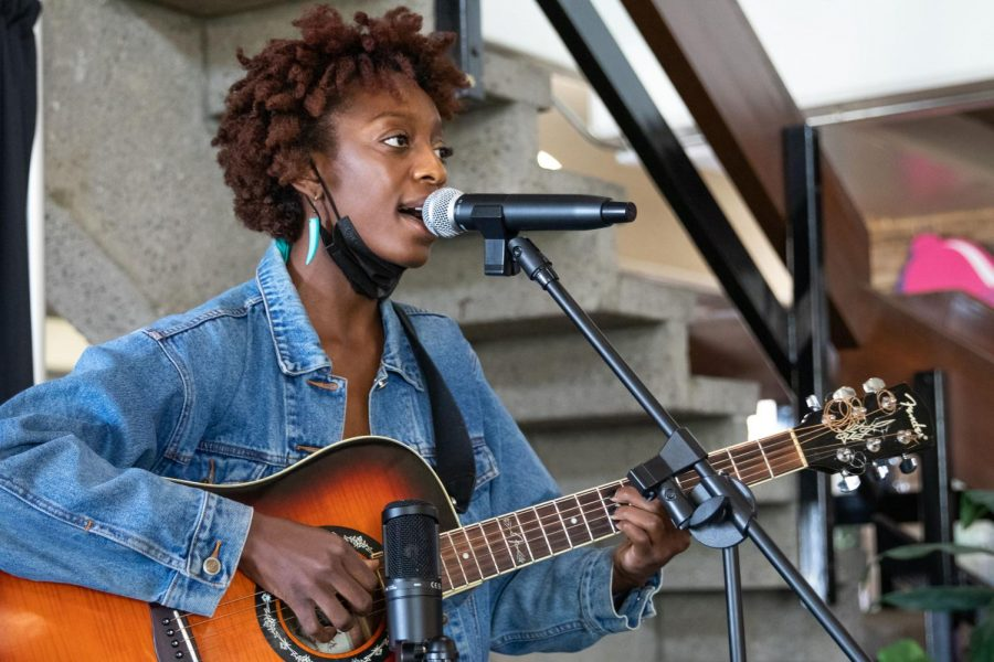 ASI Presents: Musician Ivy Roots