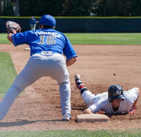 Pioneers sweep Coyotes at home