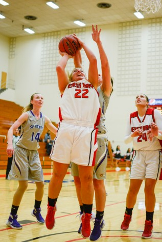 Women's basketball goes streaking