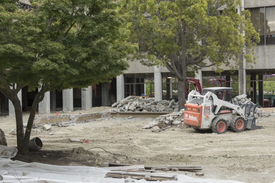 Campus+construction+continues+at+East+Bay
