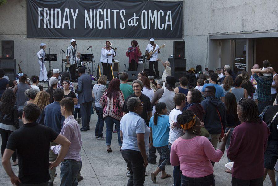 Oakland museum thrives on Friday night