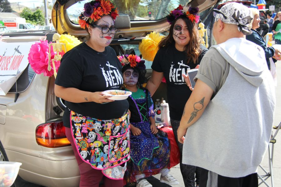 Hayward+trunk+or+treat+event+encourages+autism+acceptance