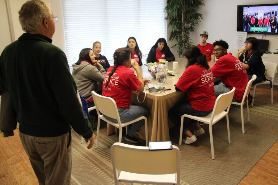 East Bay students volunteer at local organization