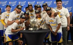 Golden State Warriors clinch third straight finals appearance