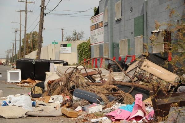 Illegal dumping plagues Oakland