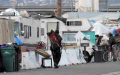 Oakland homeless camps continue to grow