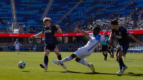 Quakes crush preseason