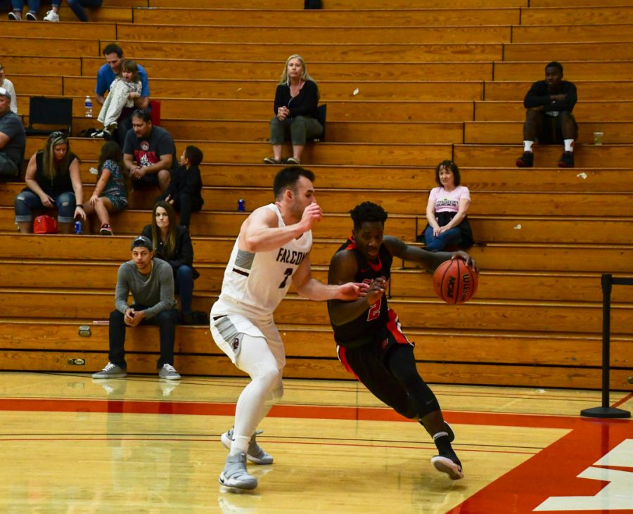 Sophomore standout announces departure from CSUEB