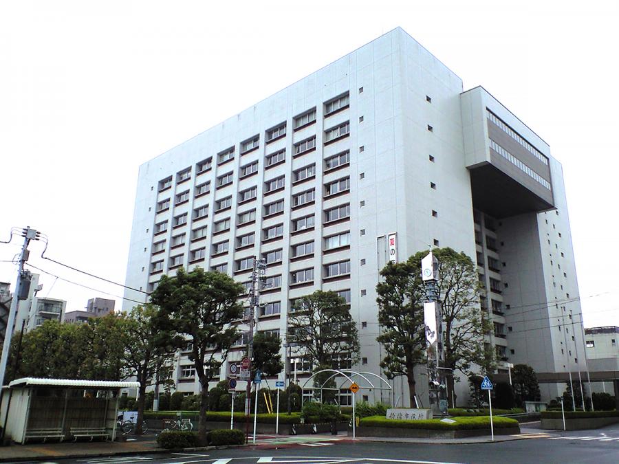 Funabashi+students+arrive+at+East+Bay